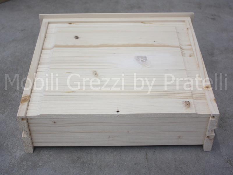 Cassetti in legno massello colonna porta lavatrice for Mobili legno grezzo in kit
